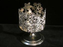 BATH AND BODY WORKS 3 WICK PEDESTAL SNOWFLAKE CANDLE HOLDER