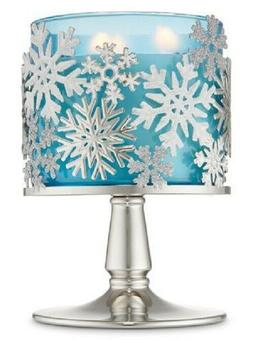 Bath and Body Works TOSSED SNOWFLAKES PEDESTAL 3-Wick Candle