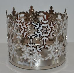 BATH & BODY WORKS WHITE SNOWFLAKES GEMS LARGE 3 WICK CANDLE