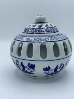 BOMBAY CANDLE HOLDER ASIAN  BLUE &  WHITE  CAGE WITH TOP AND