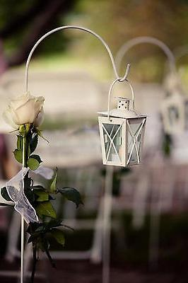 6 Small white wedding favor centerpiece stand