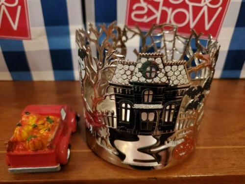 BATH HALLOWEEN CANDLE HOLDER. TOPPER NEW!