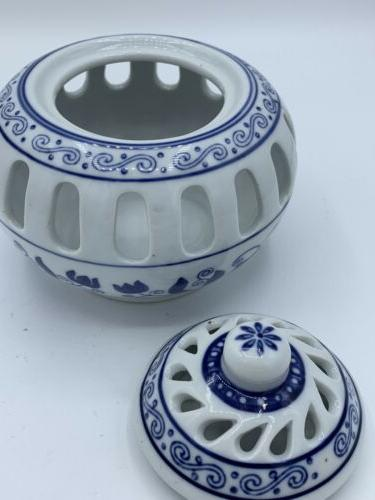 BOMBAY HOLDER BLUE WITH TOP BASE Never used