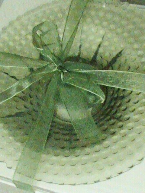 """GREEN HOBNOB 6"""" DISH CANDLE HOLDER SCENTED IN BOX"""